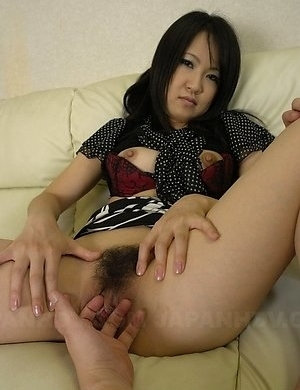 Nasty Yoshimi Inamori shows hot ass, big tits