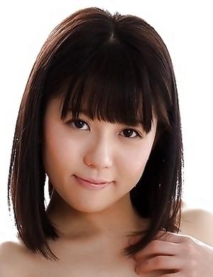 Mai Araki - Emerald