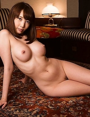 Aya Kisaki show off her small wet pink pussy