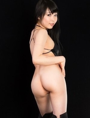 Black boots bombshell Yui Kawagoe getting her thighs fucked hard on camera