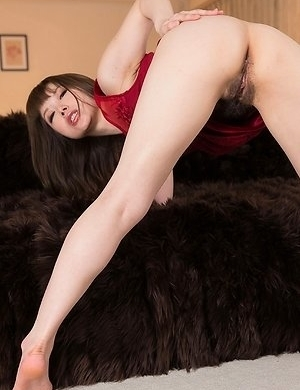 Tsubaki Katou showing how leggy and lustful she really is in this hot gallery here